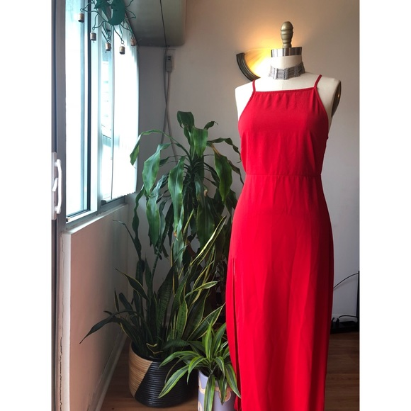 774de4b6aa PrettyLittleThing Dresses | Red Strappy Back Detail Chiffon Maxi ...